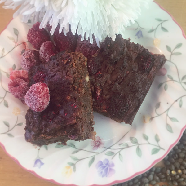 Chocolate brownie recipe with lentils and added nutrition for healthy pregnancy
