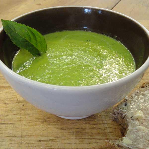 Healthy pregnancy recipe pea soup