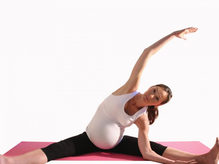 Pregnancy Yoga: Side bend poses