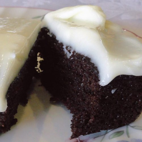 healthy chocolate cake recipes made with beetroots for a healthy pregnancy treat