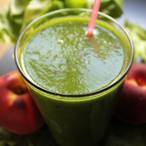 spinach smoothie full of vitamins for pregnancy